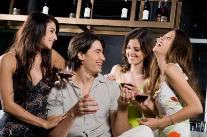 προσωπικό προφίλ για online dating το να βγαίνεις με τον πάνλαν Τζι.